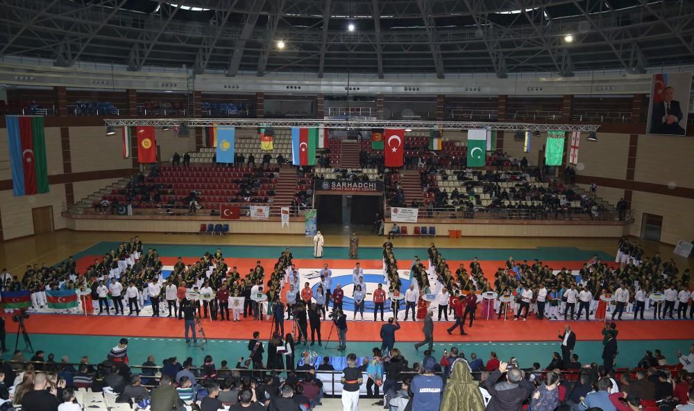 Alpagut Turan Savaş sanatı üzere birinci dünya şampiyonası sona erdi.